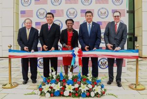 "From left: Bureau of Overseas Buildings Operations Director Addison ""Tad"" Davis IV, Matamoros' Mayor Mario Alberto López Hernández, Matamoros Consul General Neda Brown, Governor of the State of Tamaulipas Francisco Javier García Cabeza de Vaca and Mission Mexico Chargé d'Affaires John Creamer cut the ribbon to open the new U.S. Consulate General in Matamoros, May 15. Photo by Juan Carlos Díaz García"